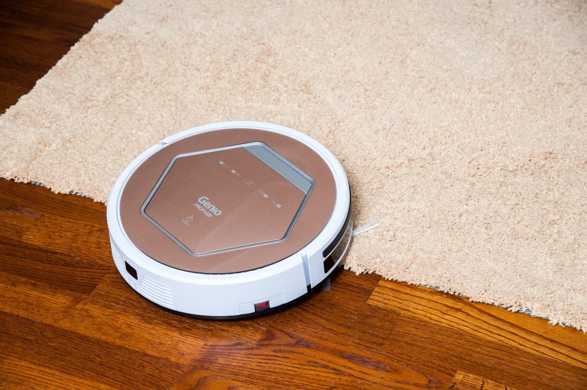 Комбинированный робот-пылесос.