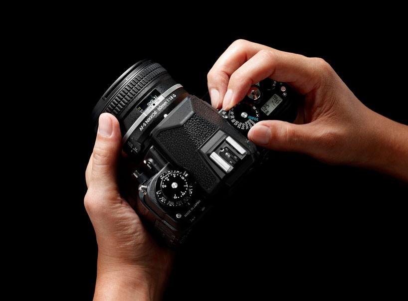 Клавиши и кнопки на зеркальном фотоаппарате.