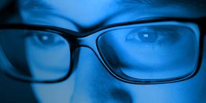 Синий свет портит зрение