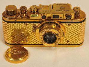 Дорогой фотоаппарат.