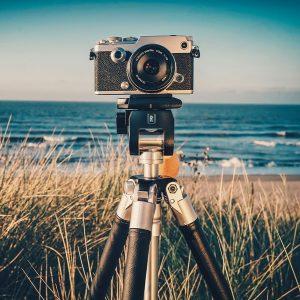 Штатив для фотоаппарата.