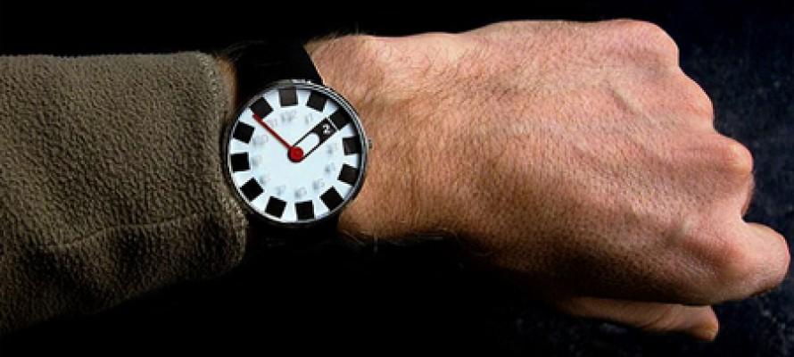 Часы, определяющие дату смерти