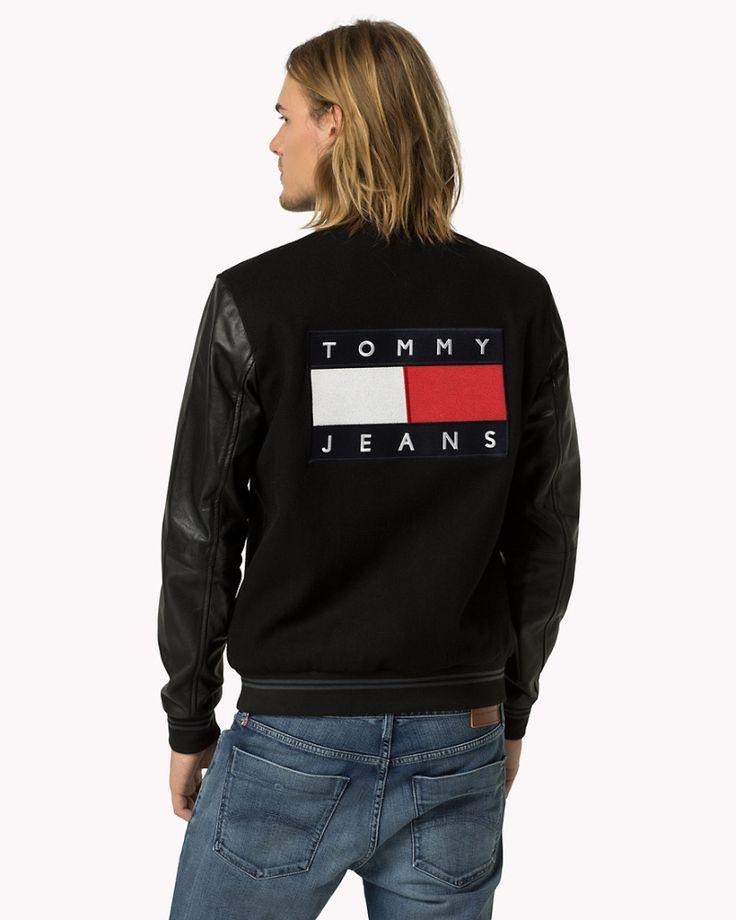 Одежда Tommy Hilfiger.