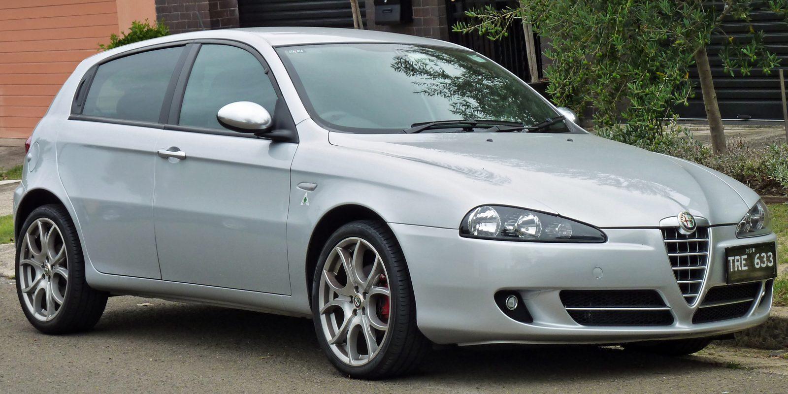 Alfa Romeo 147 – десять лет Коннекта и климат-контроля