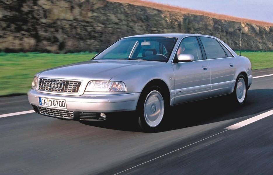 Audi A8 D2 – неудобный представительский полный привод