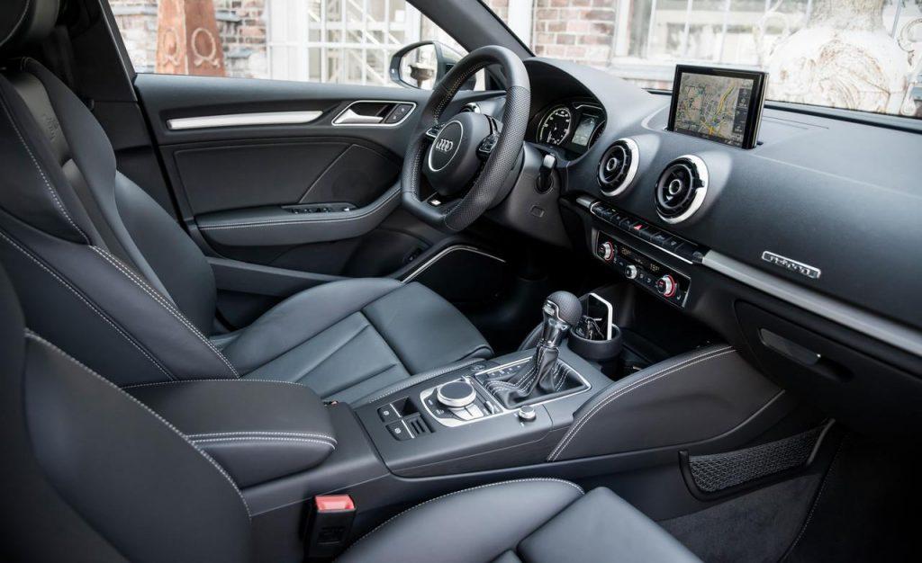 Audi A3 Sedan внутри.