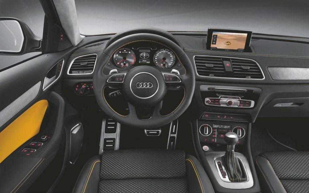 Audi Q3 внутри.
