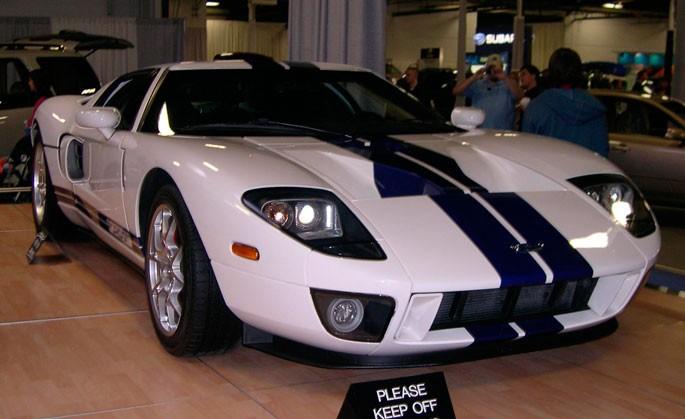 Форд GT.