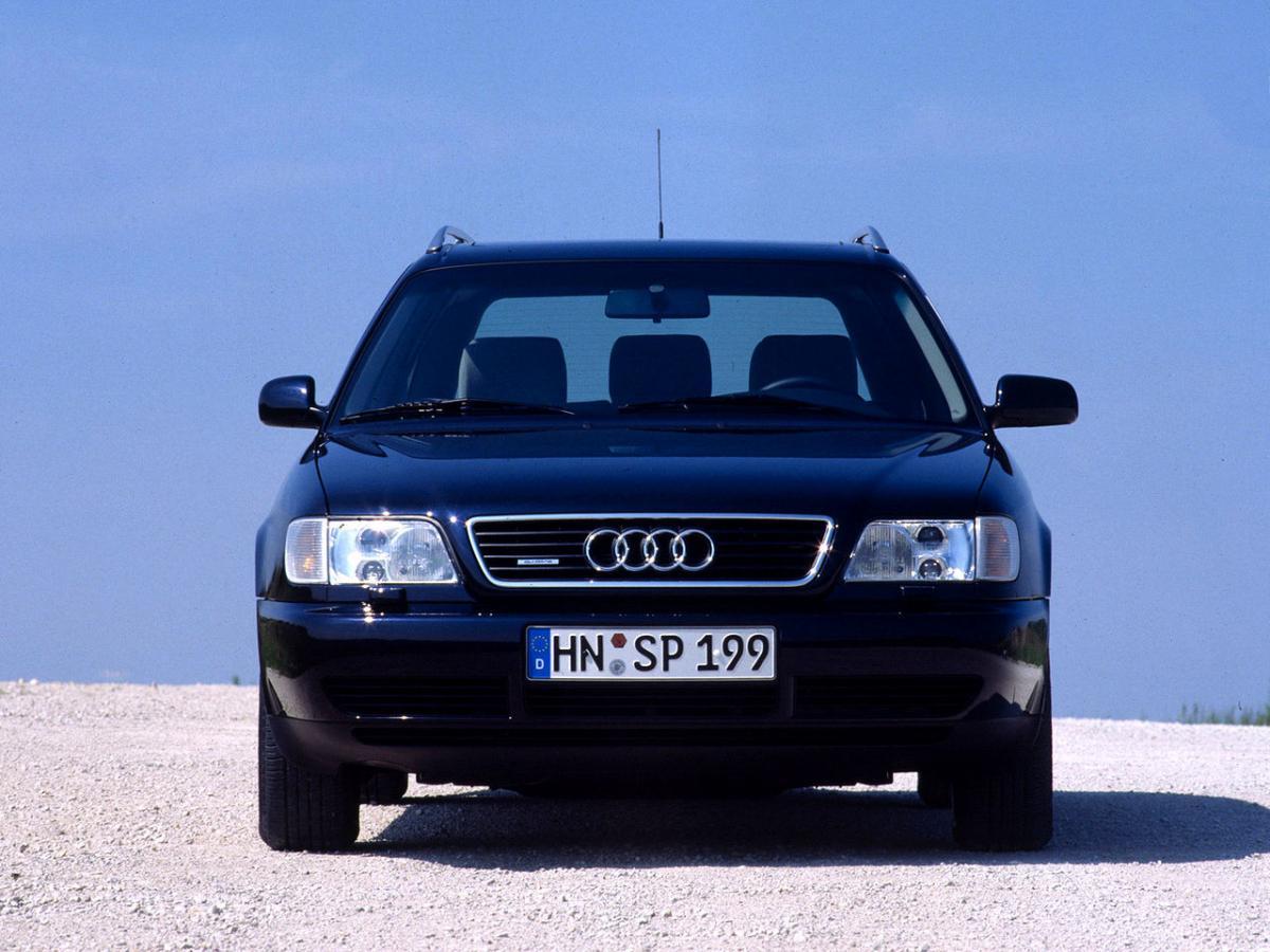 Audi A6 С4.