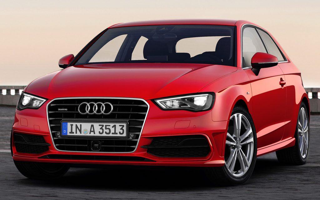 Audi A3 вид спереди.