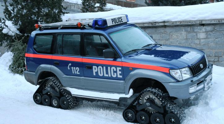 Полицейский снегоход Police Snow Trax