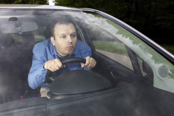 Почему у автомобиля должен быть один водитель