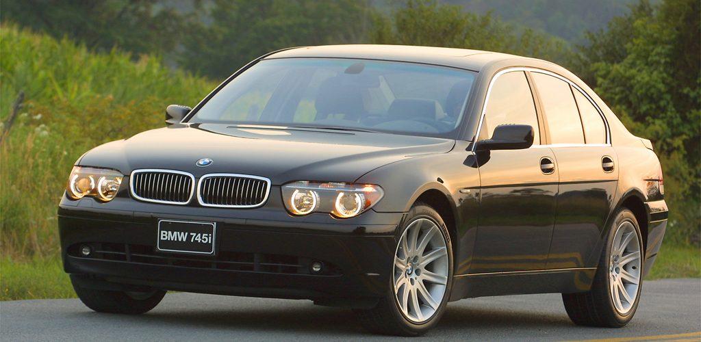 BMW 745i.