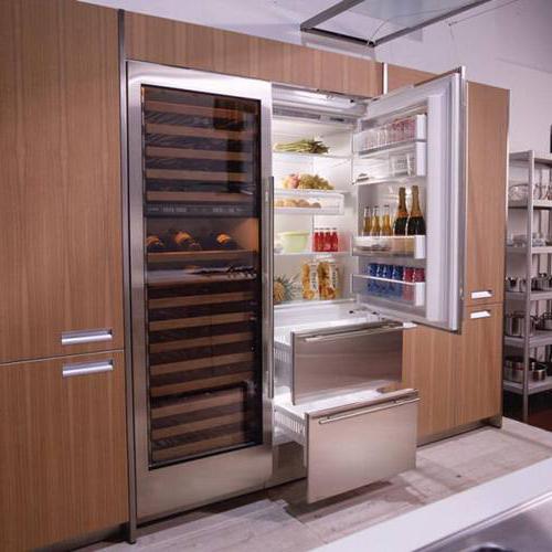 Дорогой встраиваемый холодильник