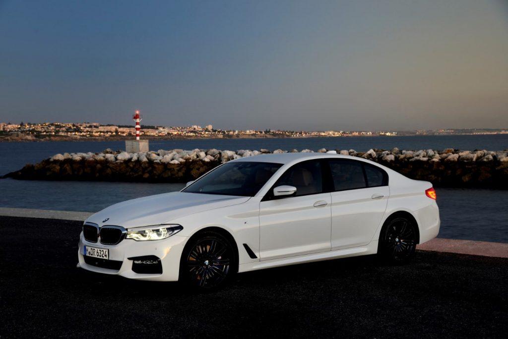 BMW 540i G30.