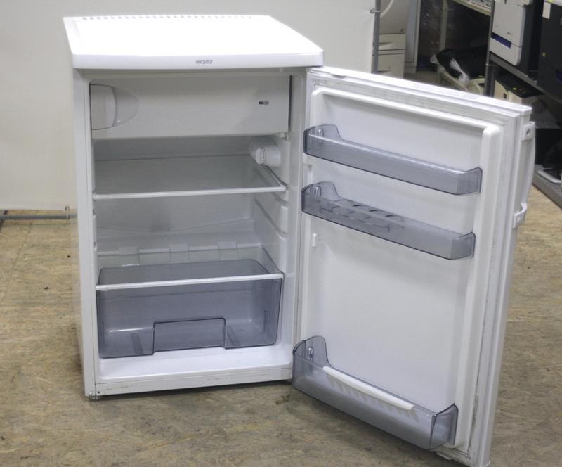 Можно ли ставить холодильник на холодильник