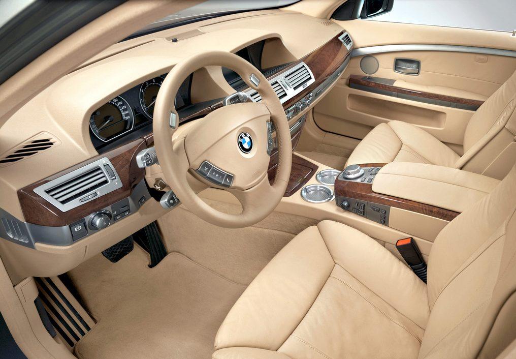 BMW E66.