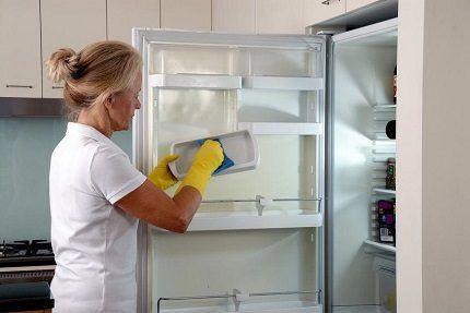 Как разморозить холодильник No Frost?