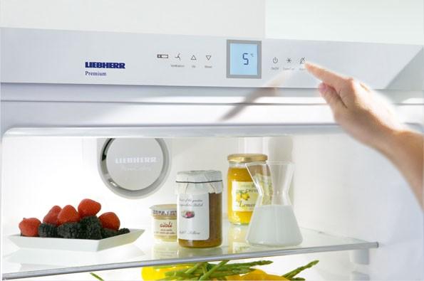 Выставляем температуру в холодильнике