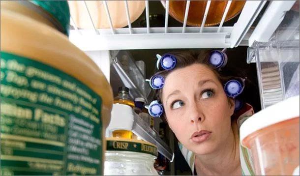 Почему в холодильнике скапливается вода?