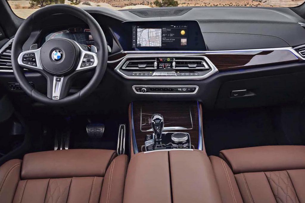 BMW X6 G06 салон.