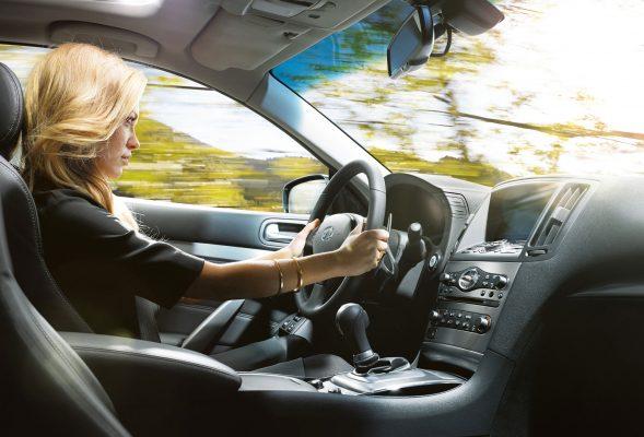 Модели автомобилей, которые больше подходят для женщин