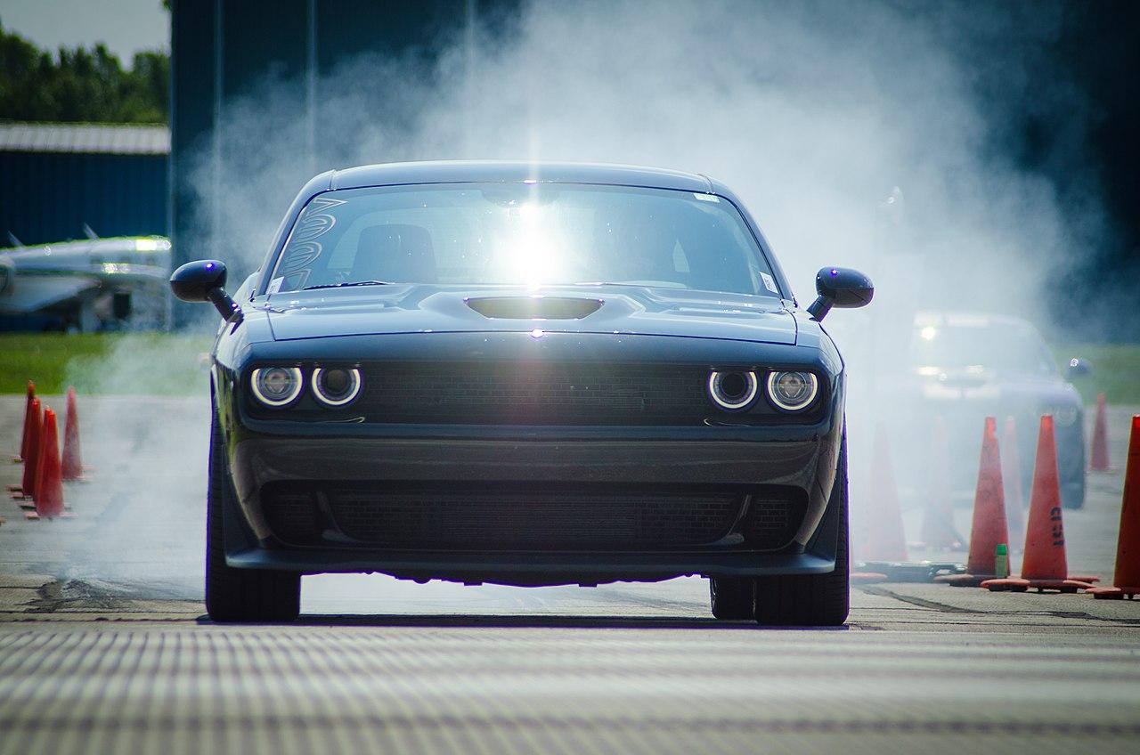 Характеристики «мускулистой» легенды Dodge Challenger
