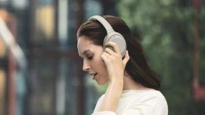 Sony WH-1000XM3.