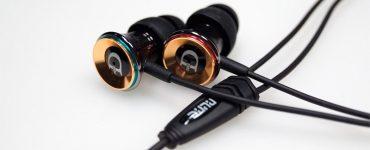 Герметичность в ушах: что такое вакуумные наушники?