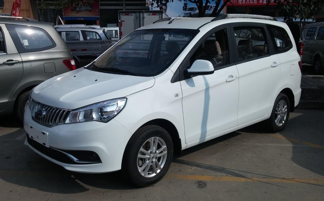 «Вишенка» китайского автопрома – модельный ряд Chery