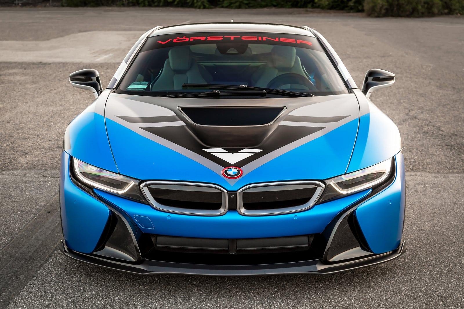 Внешний вид и салон BMW i8