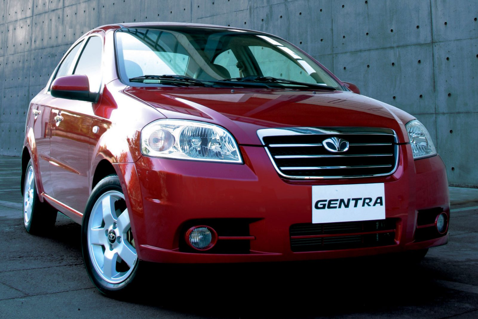 Внешние и технические характеристики Daewoo Gentra