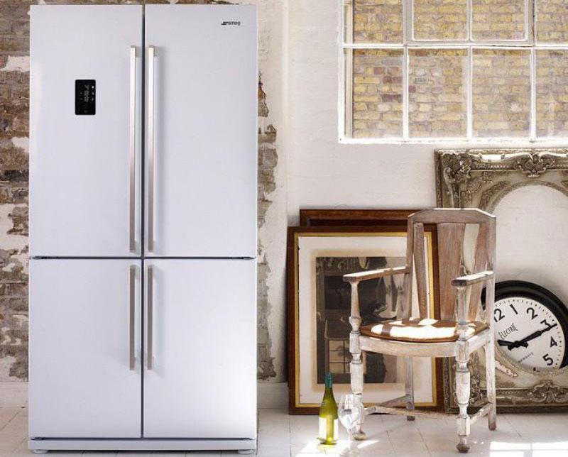 Холодильник Side by side.