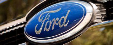 Логотип «Форд».