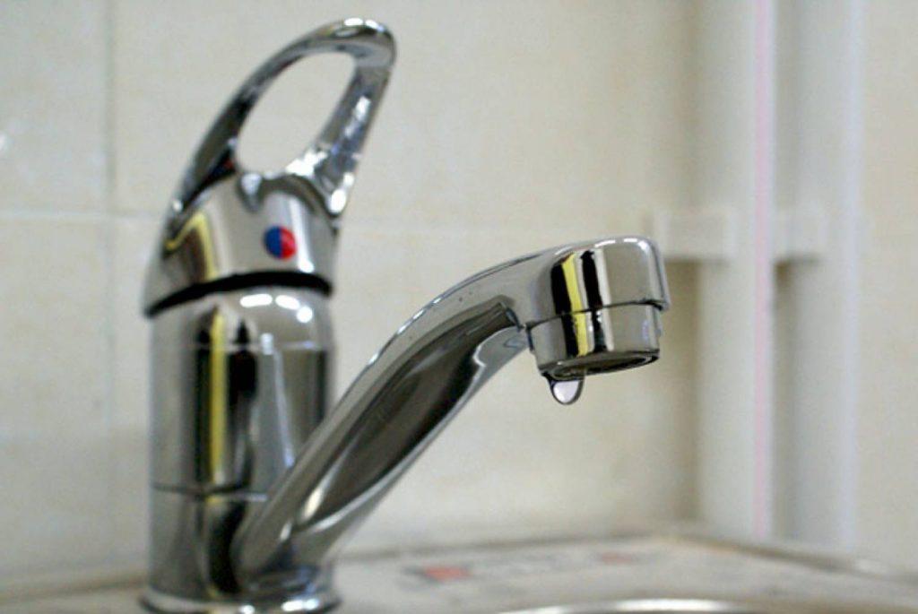 нет воды в водопроводе.