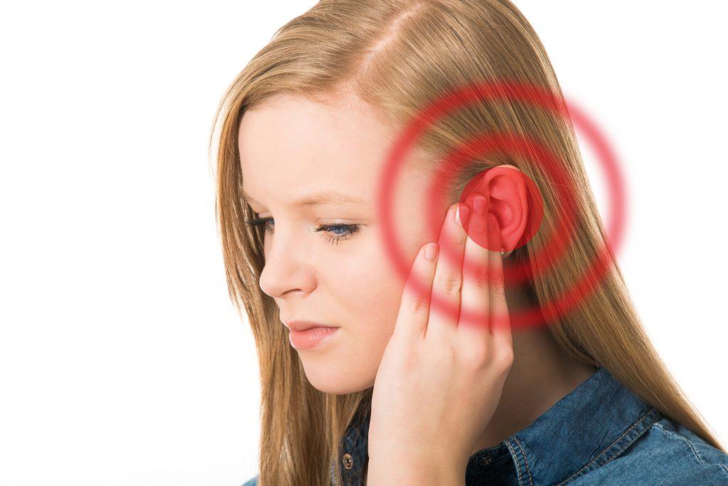 Болят уши.