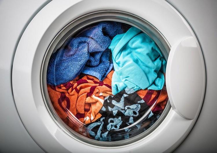 Почему стиральная машина не отжимает