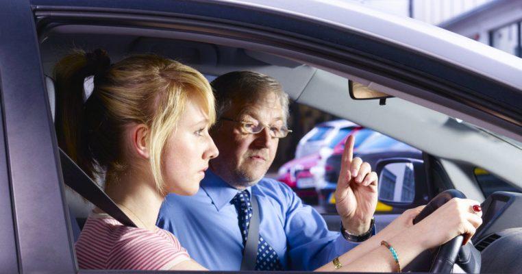 Правый руль в машине: все опасности и предрассудки