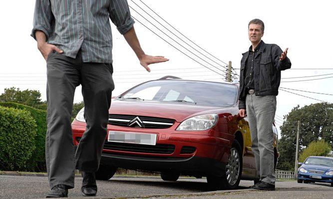 Почему нельзя покупать автомобиль у друзей и родственников