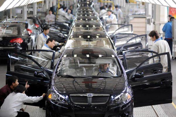 Китайцы собирают машины