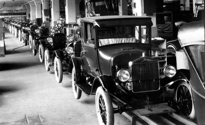 Автомобили-американцы 1920 и 1930-хх годов выпуска