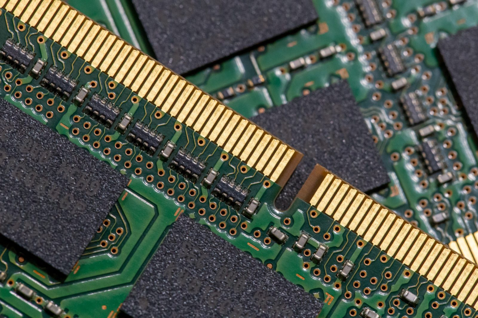 Технические RAMки: выбираем оперативную память для ноута