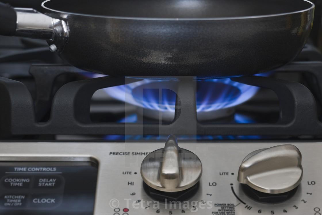 Какую сковороду выбрать для газовой плиты