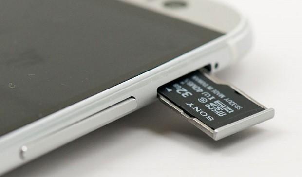 Как выбрать лучшую карту памяти для смартфона