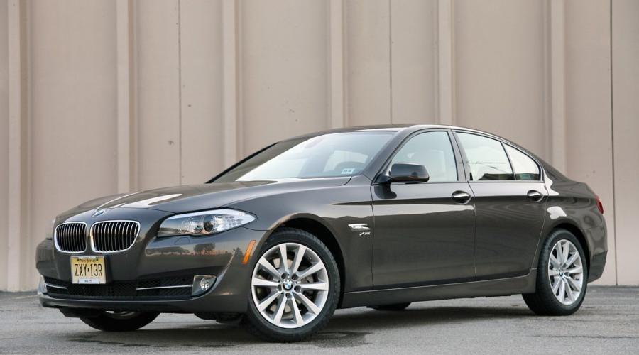 Описание и внешний вид седана 528i xDrive от BMW, технические характеристики
